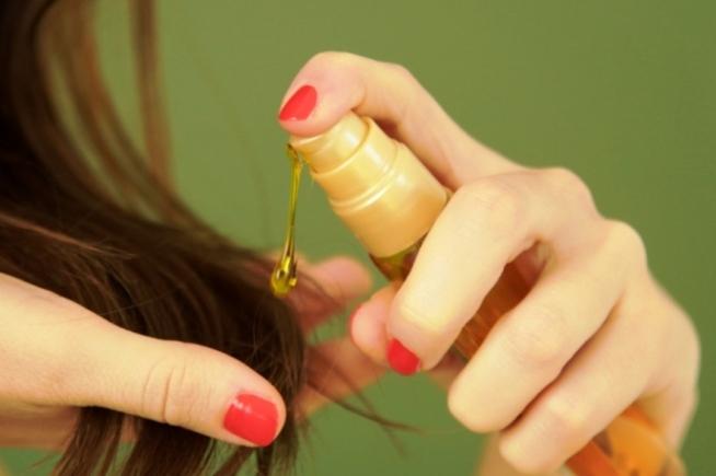 Как восстановить секущиеся волосы в домашних условиях