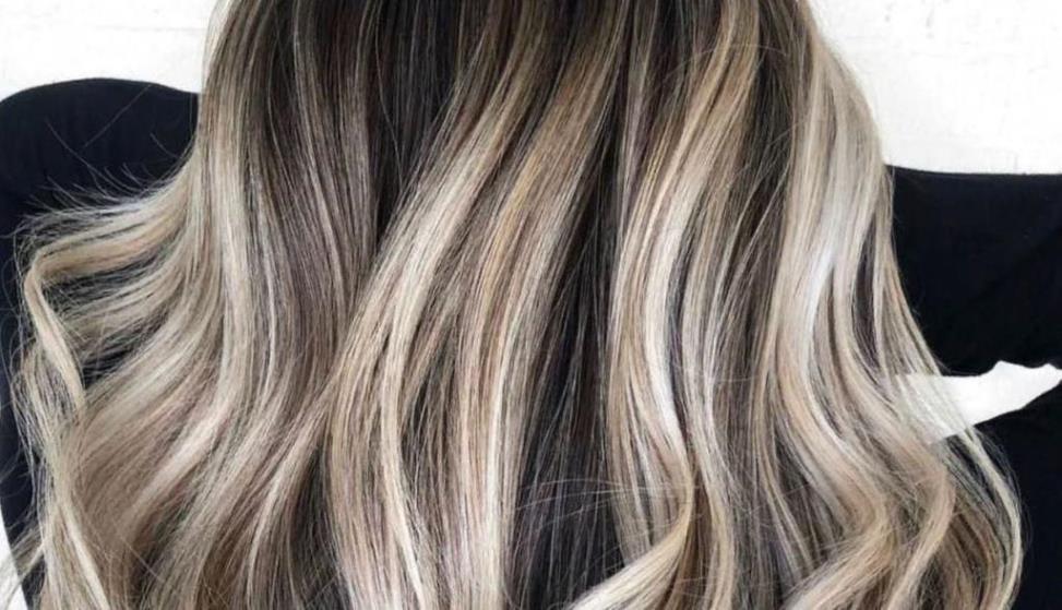 Покраска волос шатуш